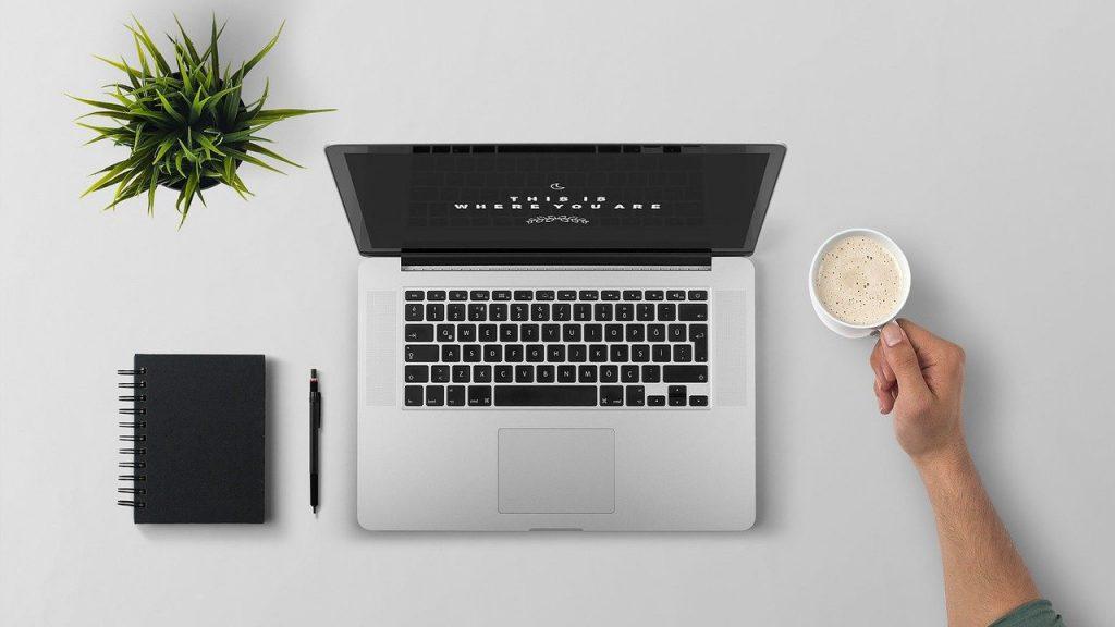 jak przyspieszyć laptopa